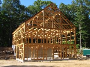 maison-poteaux-poutres-bois