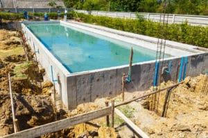 piscine beton assurance